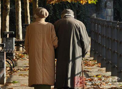 elderly-2015-9-2-01